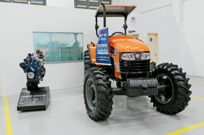 Trator Budny_motor MWM