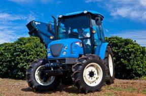 LS Tractor - Foto no café