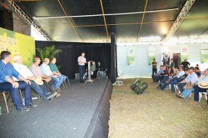 Anúncio de projeto foi feito em evento da Aprosoja, pelo ministro interino Eumar Novacki