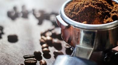 O consumo de café em nível mundial foi estimado em 165 milhões de sacas de 60kg num período seguido de doze meses. E, no Brasil, maior produtor e exportador de café, o consumo foi calculado em 21 milhões de sacas anuais, número que representa em torno de 13% da demanda mundial.
